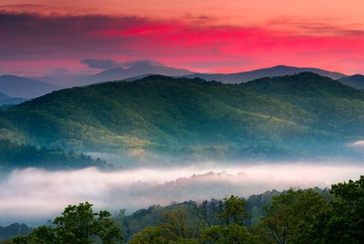 remarkable sunset at the Great Smoky Mountains